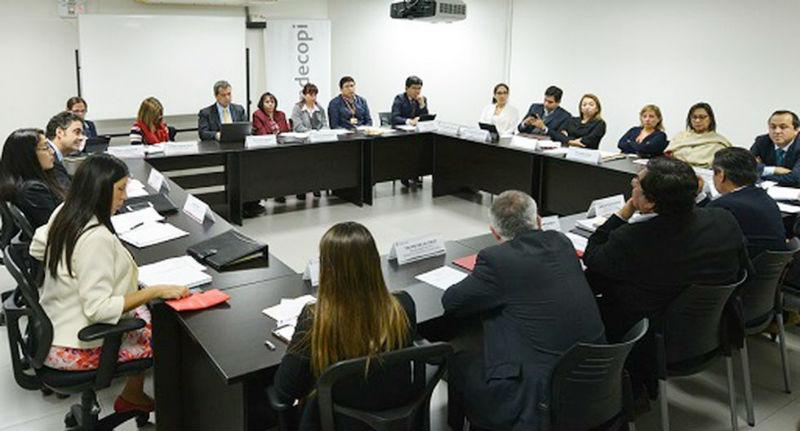 Designan representantes titular y alterno del Ministerio de Salud ante el Consejo  Nacional de Protección del Consumidor