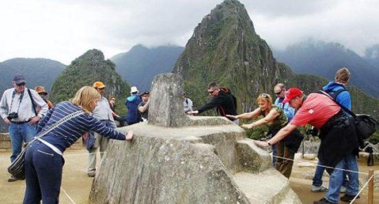 Juan Stoessel: Turismo de Burbujas