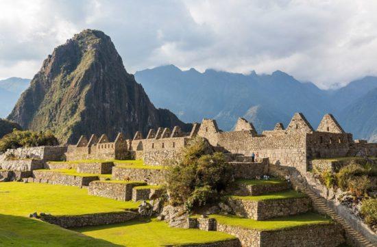 """Marketing en el Nuevo Escenario del Turismo: """"Desmachupizamos el Turismo»"""